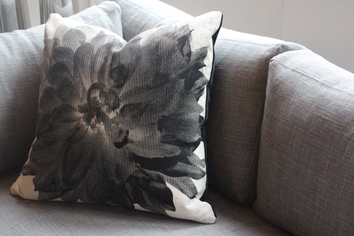 dahlia pillow - organic hemp + cotton - graphically lovely