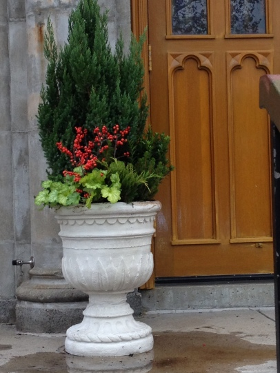 the wall hall urns