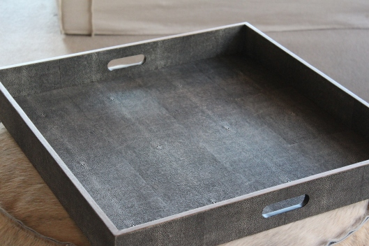 TRAY, sq- faux shagreen, cool grey 010714