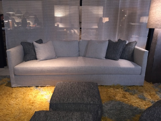 MILLIE XL Sofa with square poufs