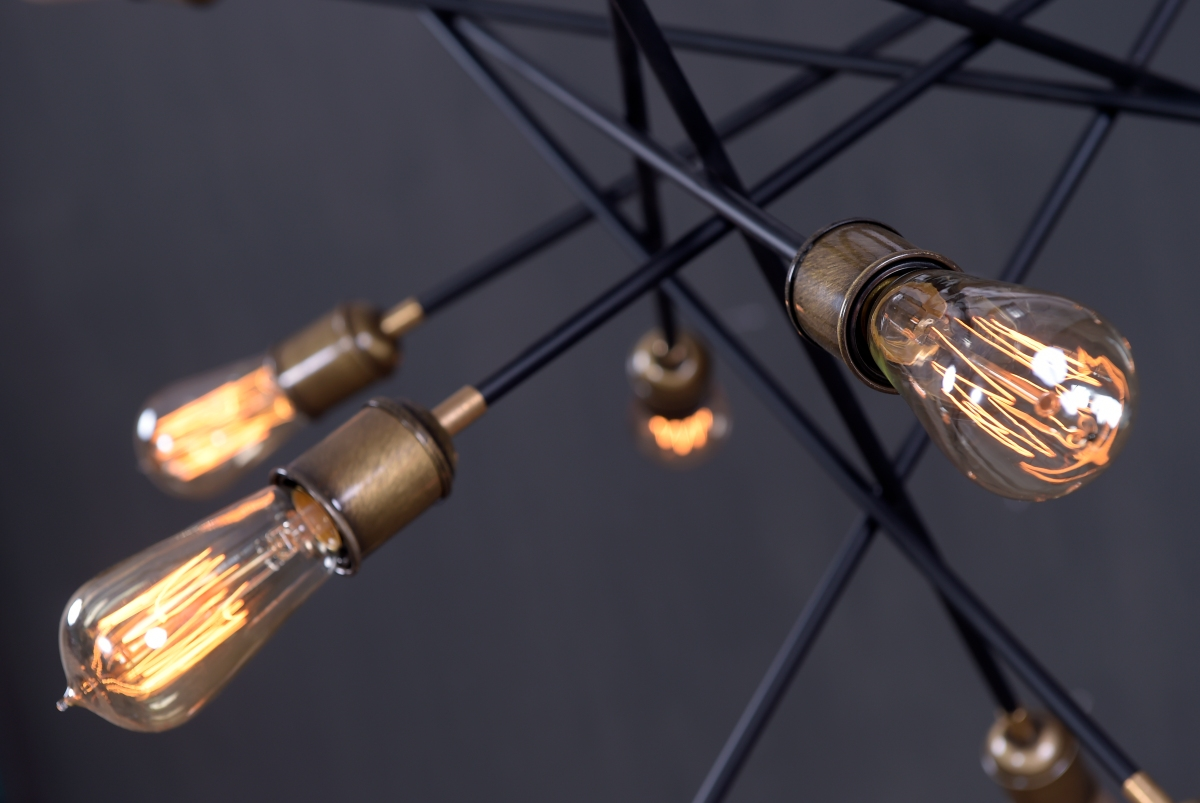 Atomique Chandelier_closeup