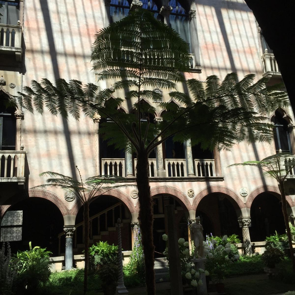 courtyard-fern-isabella-stewart-gardner