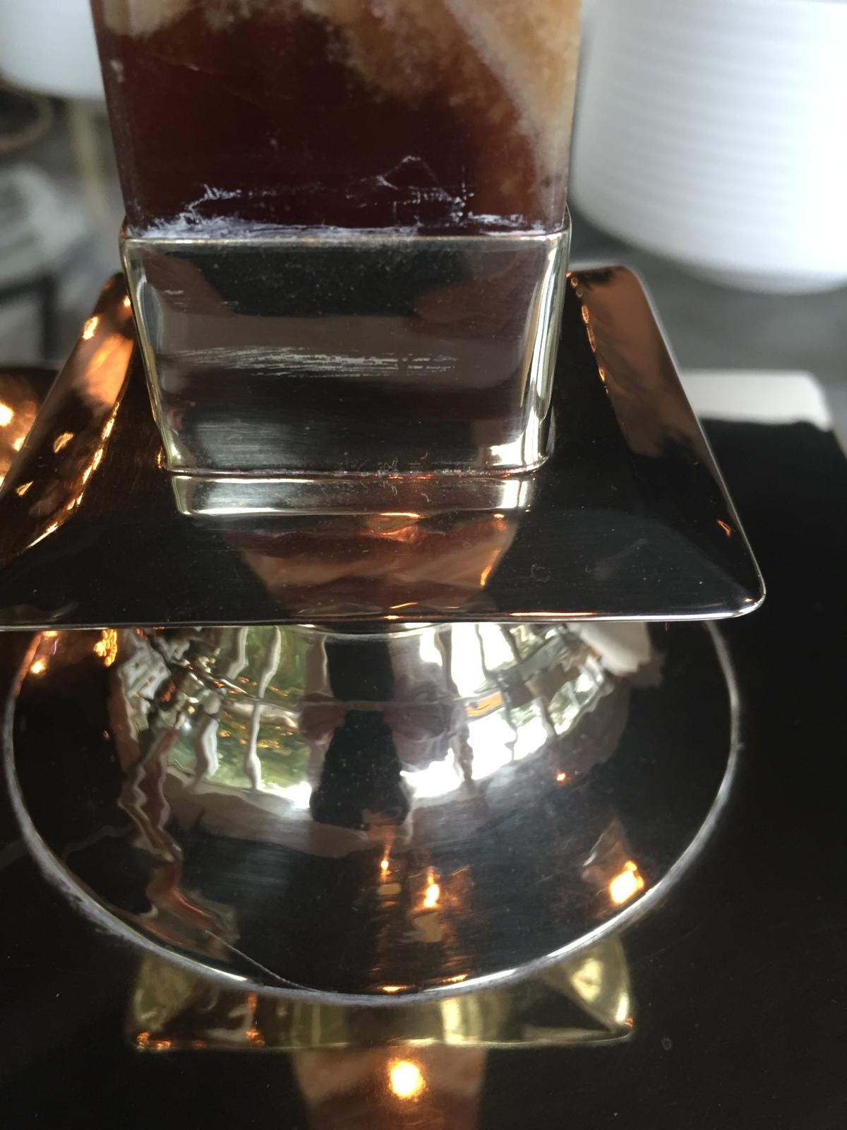 silver-bordeaux-onyx-candlestick-detail-2-artefacthome