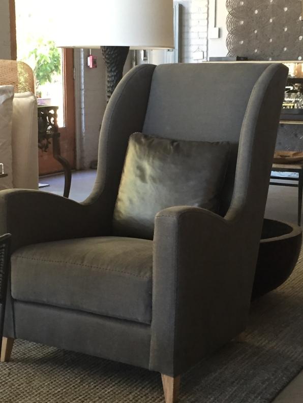 ARNAUD wing chair