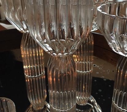 fferone-coupe-dessert-on-mirror-tray