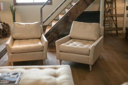 blanche-club-chairs-verellen-1