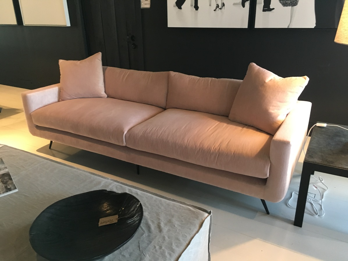 stella-sofa-verellen-hpmkt-antique-velvet-peony