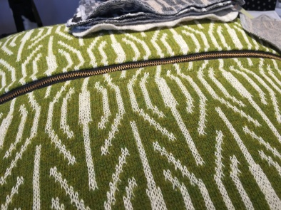 pillow-grass-with-zipper