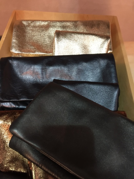 small-fold-over-wallets-clutches-divine-leather