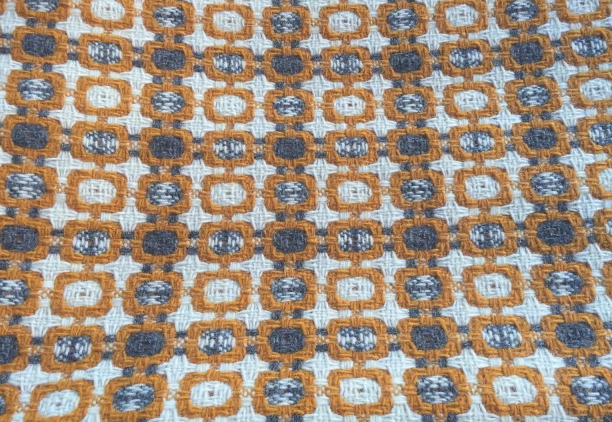 tx-throw-woven burel wool 4@artefacthome.jpg
