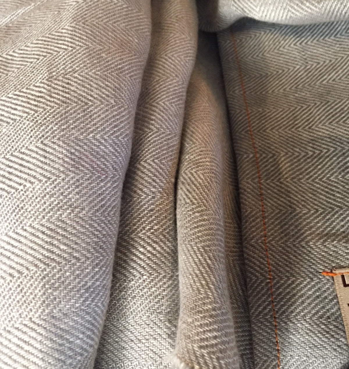 tx-irish linen herringbone scarf@artefacthome